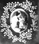 ICI-STOCKwoman_microscope-w